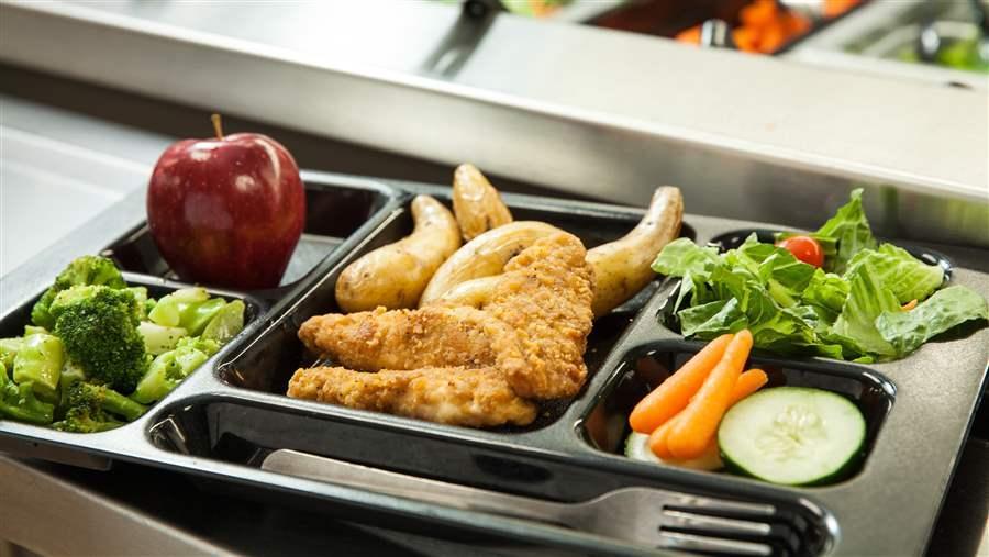 bandeja de comida escolar